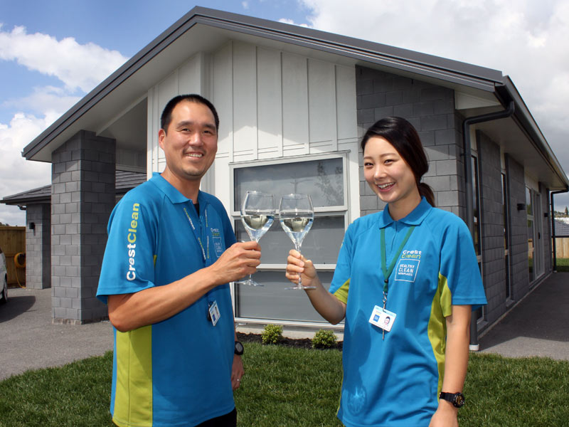 "Tauranga franchisees Tony and Aina Kang have had the best Christmas present ever –they're just moved into their brand new home! The couple didn't think they would be able to afford a home of their own so soon. But it's thanks to Crest and the success of their business that they've been able to realise their dream, says Tony. The spacious 3 bedroom property is located in the city's fast-growing Lakes subdivision. ""This really is the best Christmas present ever for us, we are so happy,"" said Tony."
