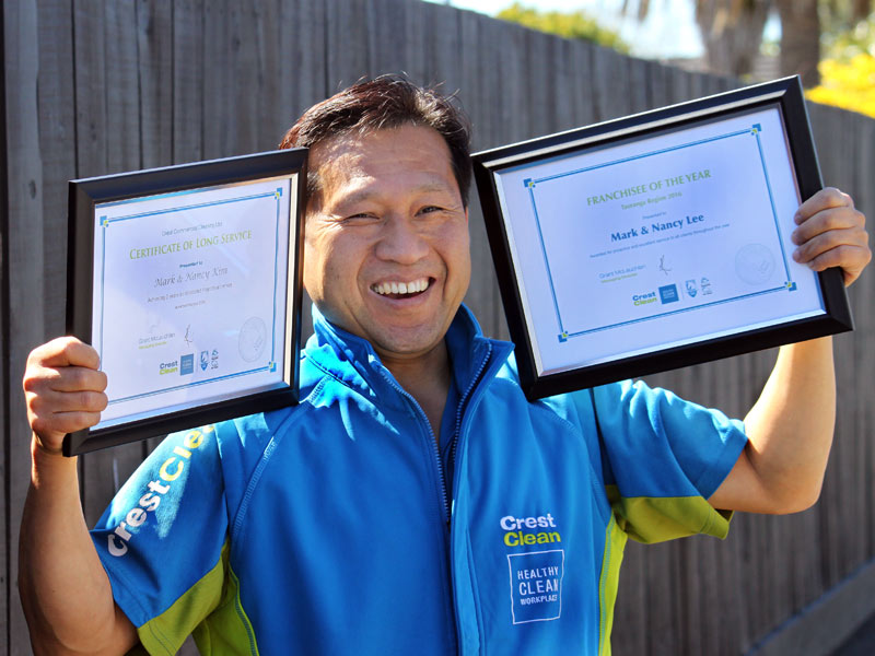 Mark and Lee and his wife Nancy were award the title of Tauranga Franchisee of the Year.