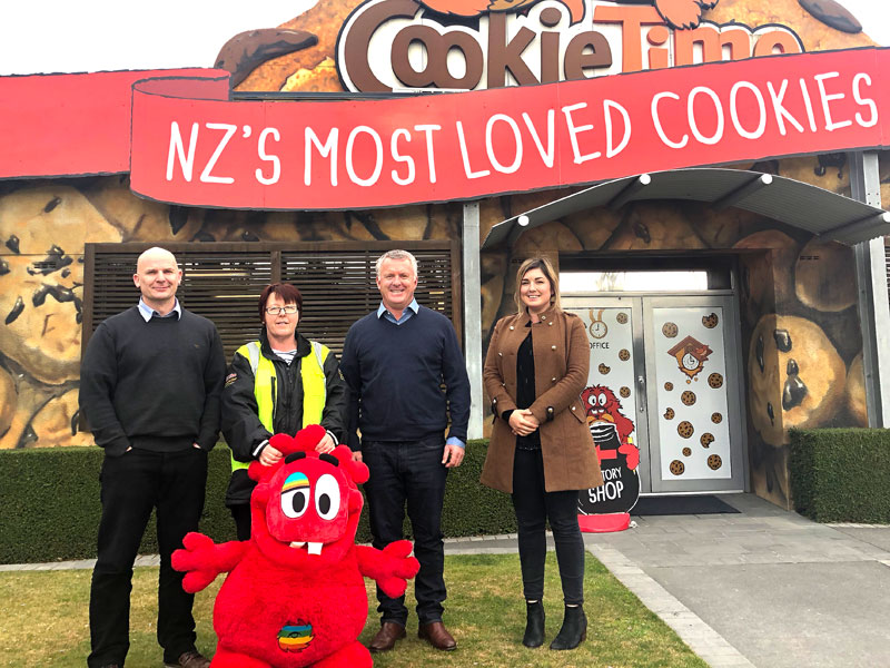 Noel MacDonald, Chief Data Officer, Jenny Kemp, Warehouse Manager, with CrestClean Managing Director Grant McLauchlan and Gina Holland, Christchurch South Regional Manager.