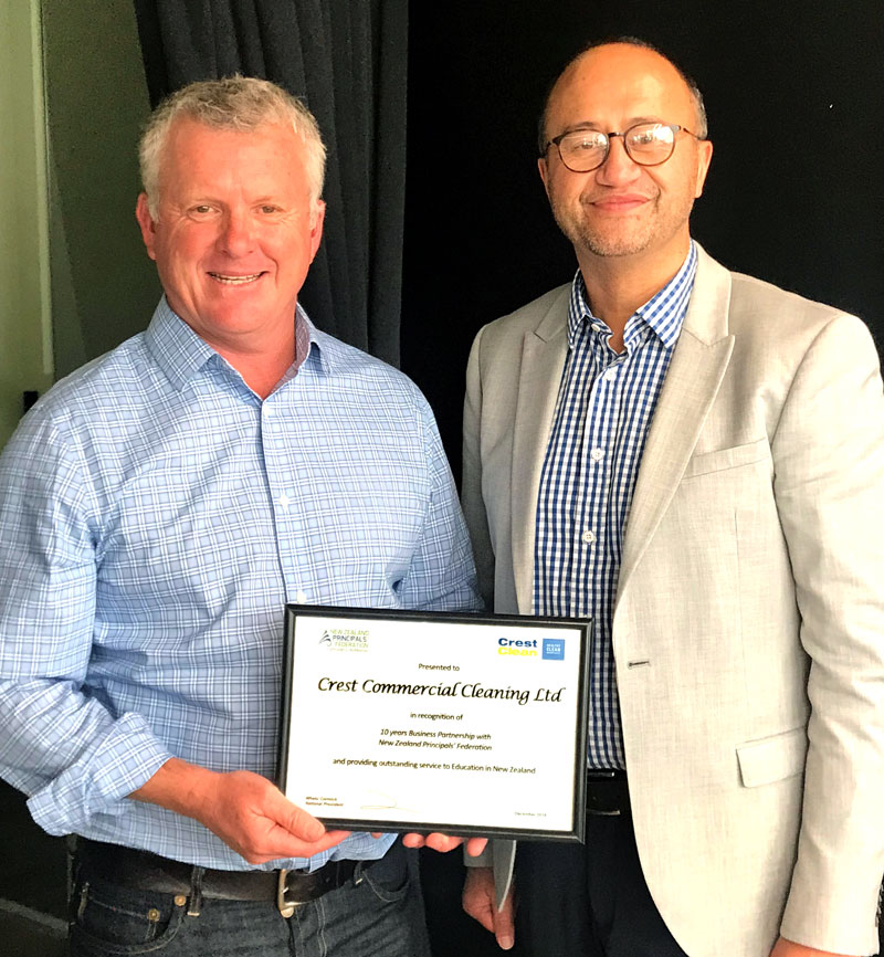 NZPF President Whetu Cormick presents CrestClean's Managing Director Grant McLauchlan with a long service certificate in recognition of the partnership between the two organisations.